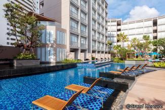 grand-mercure-phuket-patong-pool