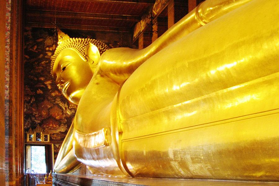 Wat-Pho-Temple9.jpg